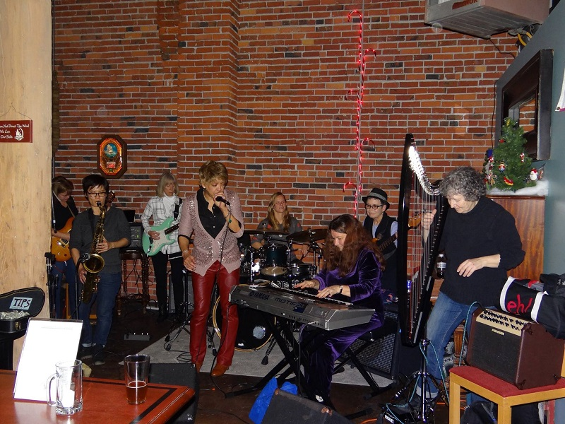 Beth and All Star Women's Blues Band 2016